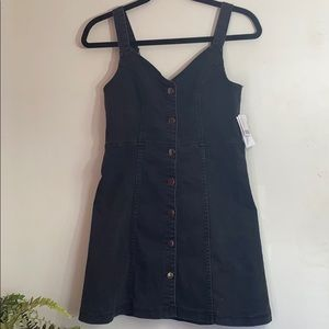 BDG Urban outfitters size M Color Black